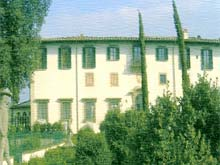 Vacation rental apartments to rent in Florence, Tuscany, Italy. Villa le Piazzole.
