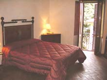 Holiday apartment in Tuscany - rent Appartamento Castello, Grosseto, Tuscany, Italy. Sleeps two to four people.