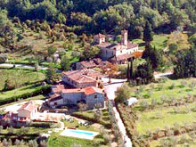 Chianti, Tuscany, lodging between Florence and Siena - rooms and apartments.