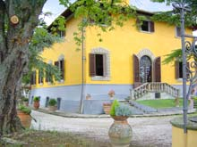 Italian villas - Villa Medicea, a large country home rental in southern Tuscany, Italy