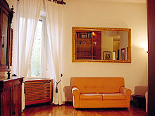 Elegant apartment to rent in central Rome, Italy