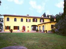 Villa Calcinaia. Tuscan apartment rental set in the Italian countryside a short drive from Florence, Tuscany.