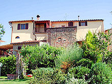 Vacation farmhouse to rent in the hills of Chianti, Tuscany, Italy